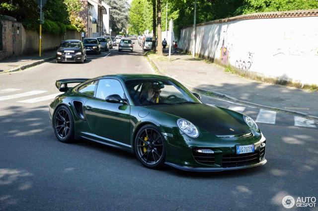 gt2rs.thumb.jpg.2591c1be7412e5a7bbcc47e4